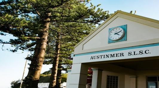 Maxi Taxi near Austinmer, Sydney