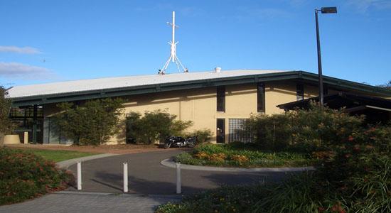 Maxi Taxi near Barden Ridge, Sydney