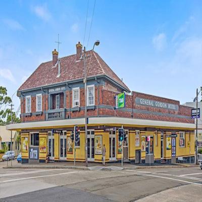 maxi taxi Gorden ,sydney, NSW