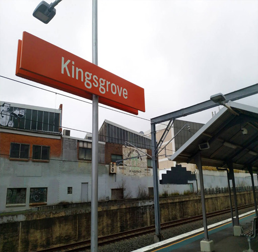 maxi taxi Kingsgrove ,sydney